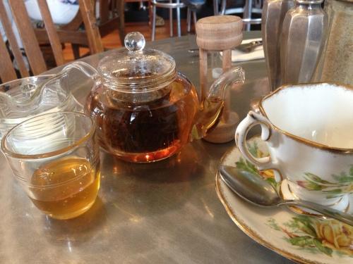 Tea at Revolver